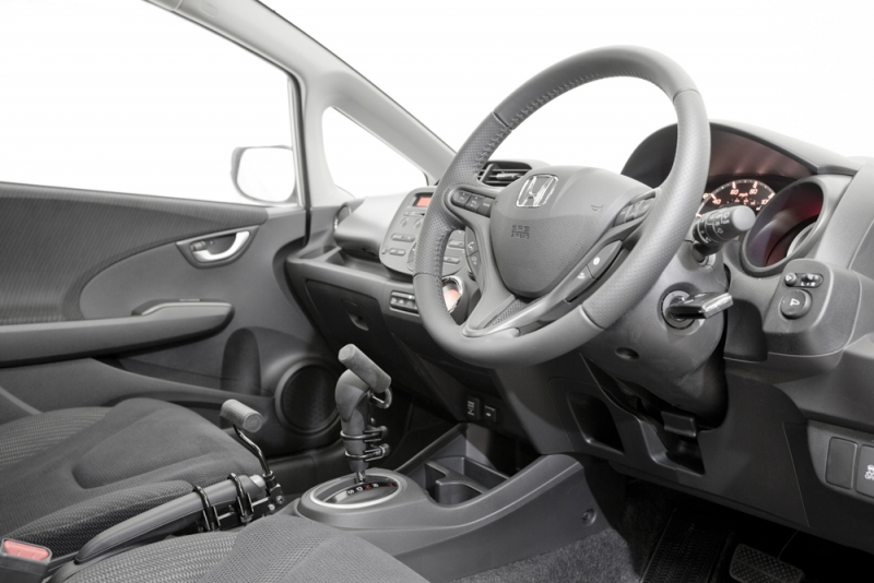 Jeff Gosling easy release hand brake system and easy release gear lever system for disbaled drivers